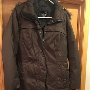 The North Face Arctic Parka ll. Color: Brown